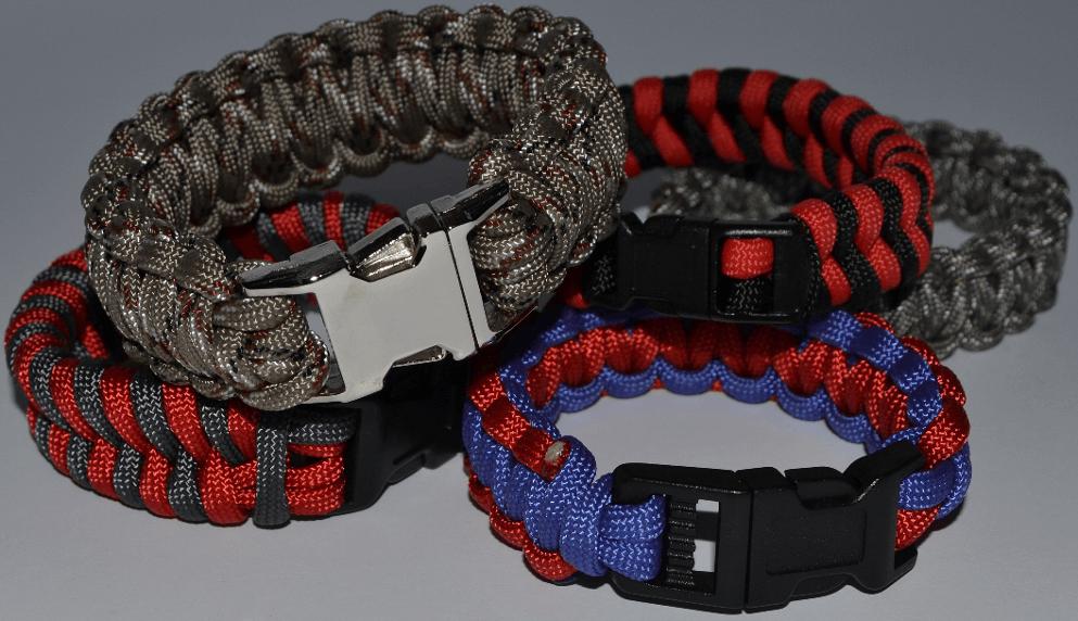 selbstgemachte Survival-Armbänder